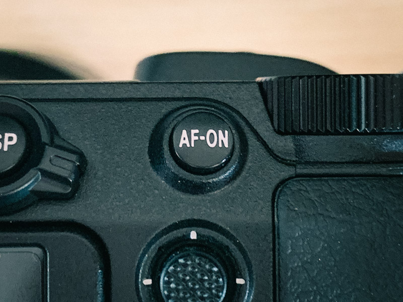AF-ON ボタン