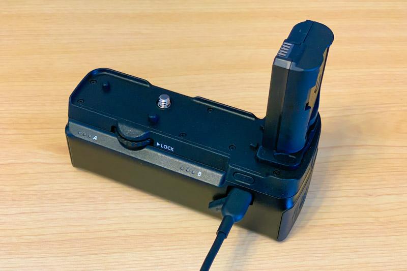 USB-C端子から充電可能